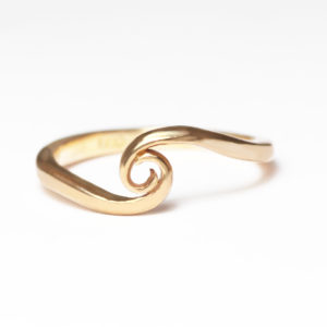 18ct Fairtrade rose gold circle ring