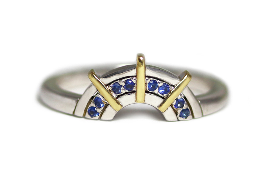 18ct gold blue sapphires