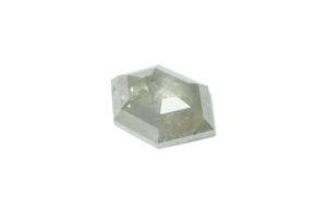 Salt and pepper diamond