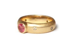 Tanzanian ruby in rose gold