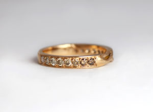 18ct Fairtrade gold with gradient of champagne diamonds by Zoe Pook Jewellery