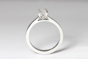 18ct Fairtrade white gold with diamond