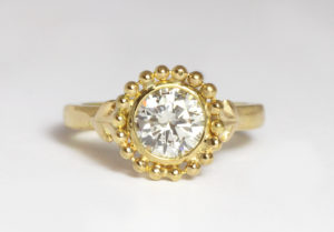 18ct Fairtrade gold with diamond