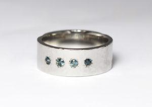 platinum wedding bands diamonds and sapphires
