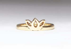 18ct Fairtrade rose gold in bespoke design by Zoe Pook Jewellery
